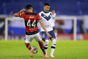 Flamengo de Isla derrotó al Vélez de Galdames en la Libertadores